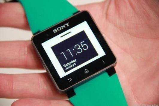 Sony SmartWatch 2 nel volantino MediaWorld con UI TouchWiz