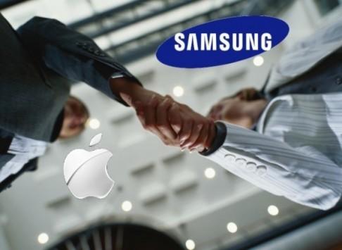 Nuovo accordo Samsung-Apple: i due rivali di nuovo partners dal 2015