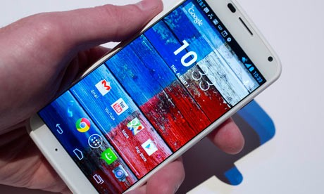 Motorola: in arrivo un Moto X con batteria