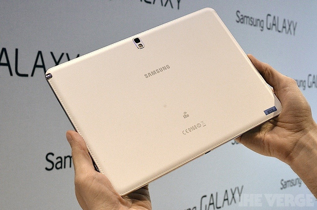 galaxynote101hands-on10_1020_verge_super_wide
