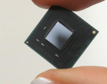 Intel annuncia Quark: nuovi chipset molto piccoli per le future tecnologie indossabili