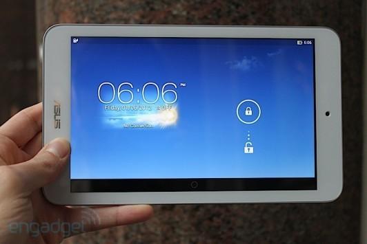 ASUS Fonepad 7, MeMo Pad 8 e 10: ecco i primi video hands-on