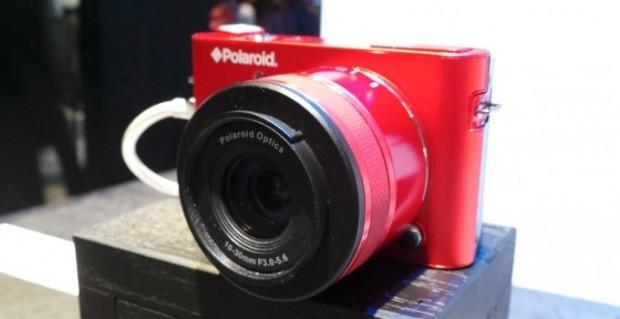 Polaroid iM1836: la mirrorless con Android arriva ufficialmente sul mercato