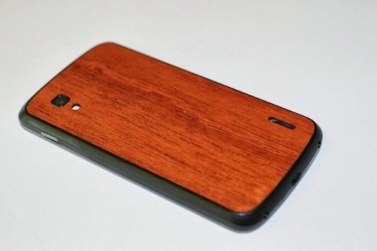 Nexus 4, ecco la cover posteriore in legno