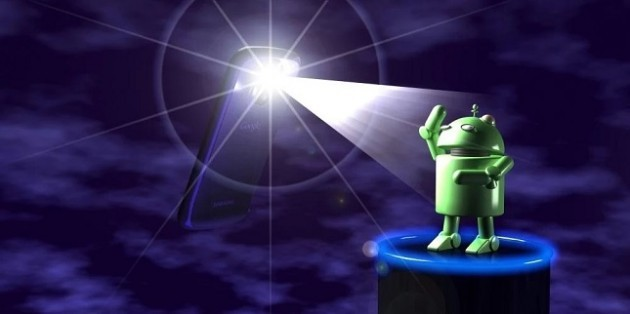 L'app Brightest Flashlight sotto accusa: fornisce posizione e modello del device a terze parti