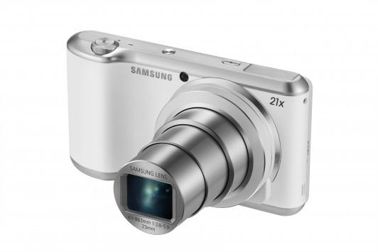 Samsung presenta Galaxy Camera 2: 16,3 megapixel e zoom ottico 21X