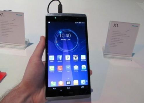 """Hisense X1: nuovo smartphone da 6.8"""" per la Cina"""