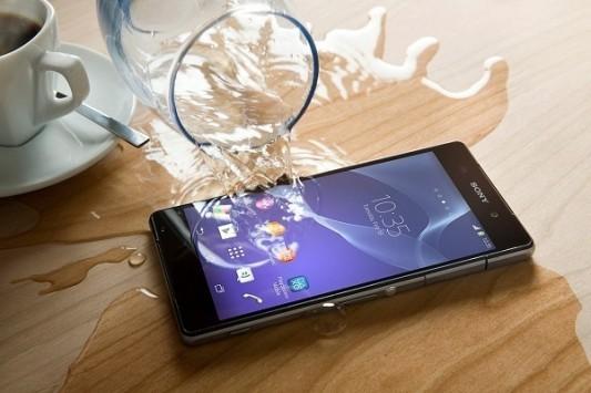 Non solo Samsung, anche LG e Pantech avranno un top di gamma impermeabile