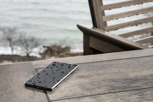 Lumigon T2 HD: ecco lo smartphone con flash anteriore e memoria interna fino a 128GB