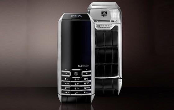 TAG Heuer MERIDIIST INFINITE: ecco lo smartphone con pannello solare integrato nel display