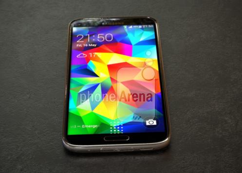 Samsung Galaxy S5 Prime si mostra per la prima volta in foto e video