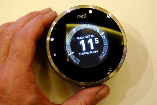 Google prevede pubblicità su frigoriferi, cruscotti, termostati e altro ancora