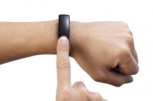 LG Lifeband Touch ufficiale da fine Maggio a 149€