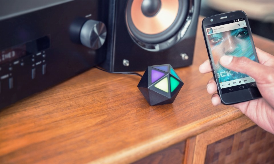 Motorola-Moto-Stream-promo-video-and-images