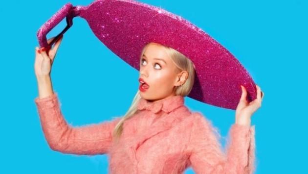 Acer presenta ufficialmente il nuovo Selfie-Hat: un sombrero rosa con tablet integrato