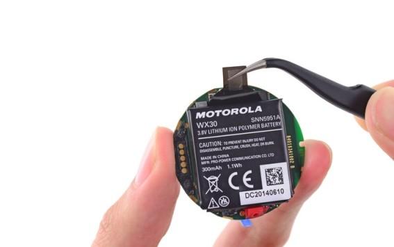 Motorola fa chiarezza riguardo alla batteria di Moto 360