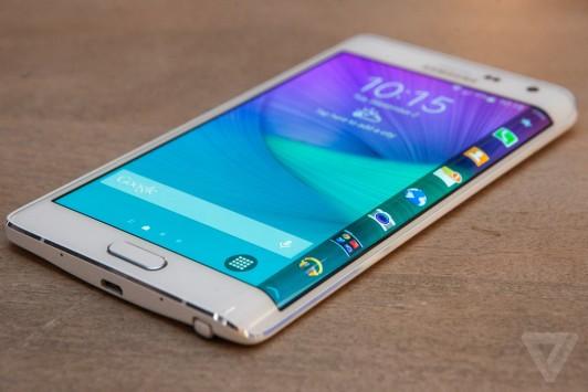Samsung: rilasciata un'infografica sulle feature uniche del Galaxy Note Edge