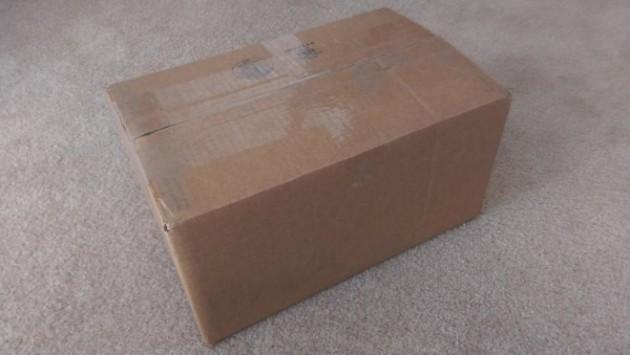 Jeff Gordon stuzzica gli utenti: chissà cosa nasconde il pacco misterioso