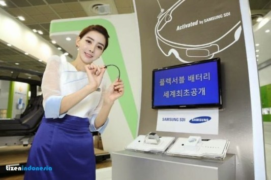 Samsung mostra una batteria pieghevole per wearable