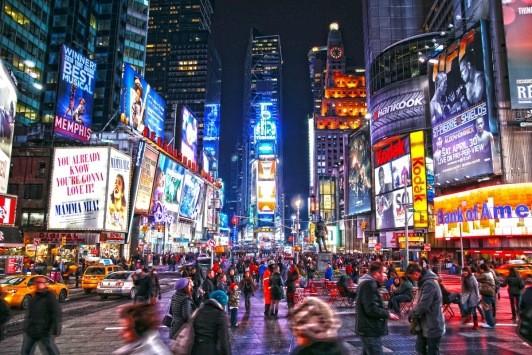 Google da record: schermo da 24 milioni di Pixel a Time Square
