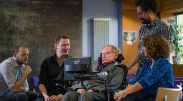 Swiftkey aiuta Stephen Hawking a comunicare meglio