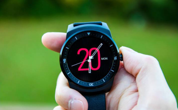 LG G Watch R2 supporterà il 4G, lo vedremo all'MWC 2015?