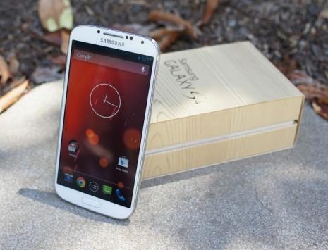 Galaxy S4 GPe viene aggiornato a Lollipop [UPDATE: OTA]