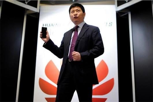 Il CEO Huawei Richard Yu sfida Samsung e critica Xiaomi