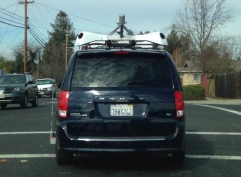 Apple, auto e telecamere per rimpiazzare Street View?