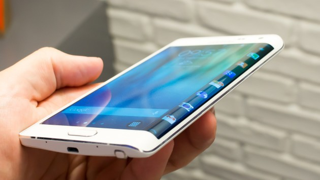 Samsung Galaxy Note Edge: Android 5.0.1 Lollipop in arrivo?