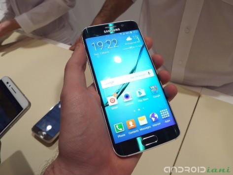 Samsung Galaxy S6, i primi benchmark evidenziano la velocità della memoria