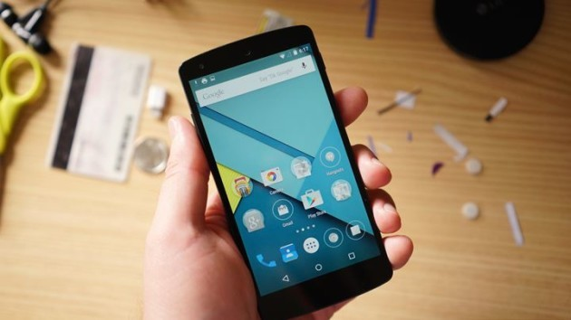LG Nexus 5 e Nexus 4: disponibile l'aggiornamento ad Android 5.1.1 Lollipop