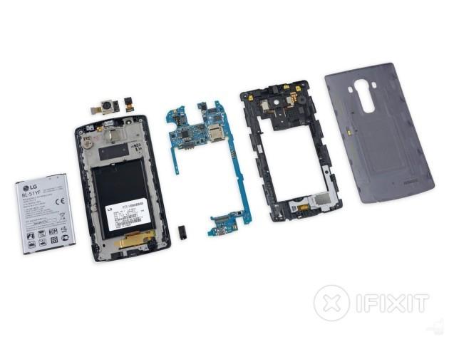 LG G4 ai raggi X: componenti ordinati, ben disposti e facilmente riparabili