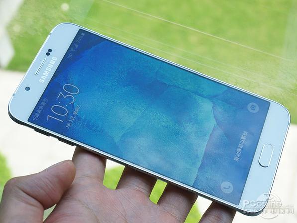 Samsung Galaxy A8, nuove immagini con prezzo e data di commercializzazione