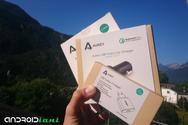 Recensione Accessori Aukey #1: Caricatori Quick Charge 2.0 ed Auricolare Sport