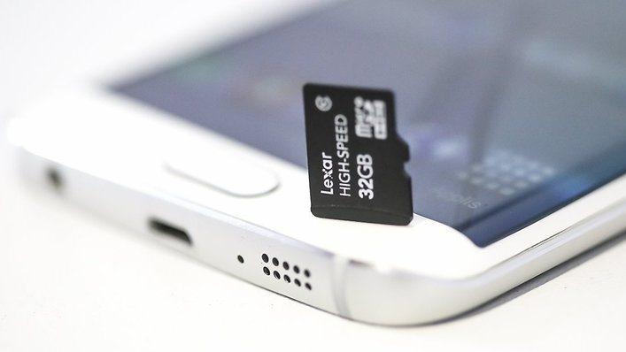 Galaxy S7 potrebbe tornare l'espansione tramite MicroSD