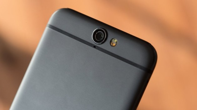 L'app fotocamera di HTC One A9 è disponibile sul Play Store