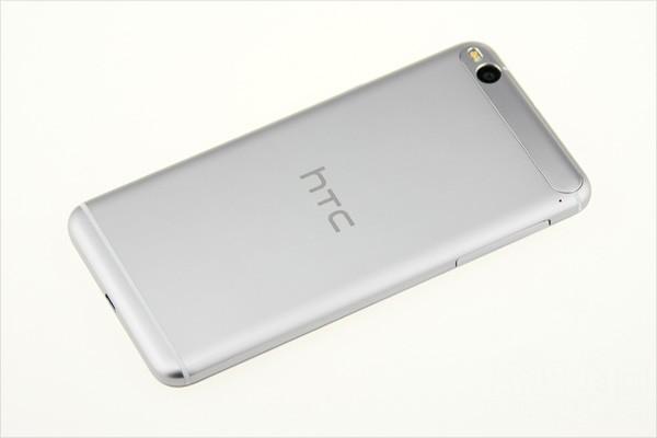 HTC One X9 si mostra ancora in un video hands-on, nuove informazioni sul prezzo