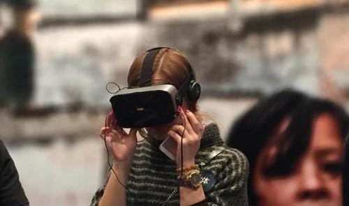 LeTV entra nel mondo della realtà virtuale con la linea LeVR