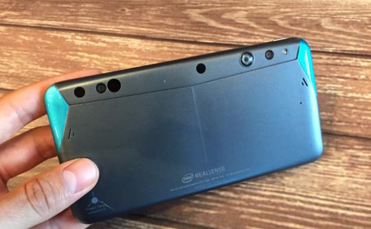 Intel RealSense Smartphone: disponibile al pre-ordine il Developer Kit