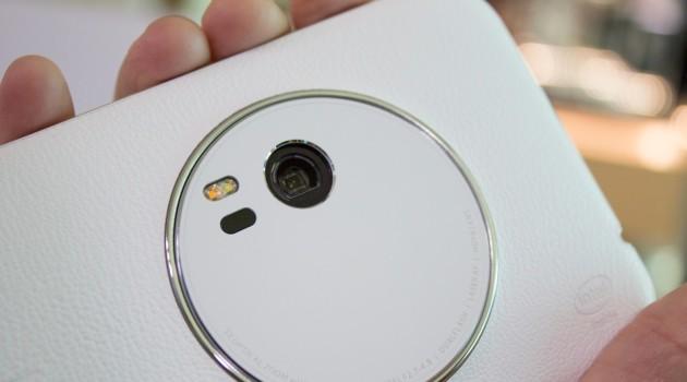 Asus non ha intenzione di produrre una versione economica dello ZenFone Zoom