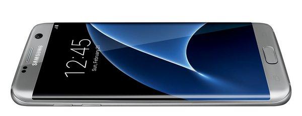Samsung Galaxy S7 Edge protagonista di nuovi scatti dal vivo [UPDATE: nuove foto]
