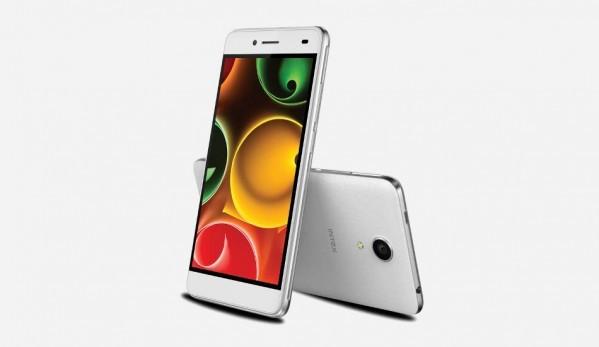 Intex Aqua Freedom, smartphone low cost con schermo 5'' HD e 1 GB di RAM