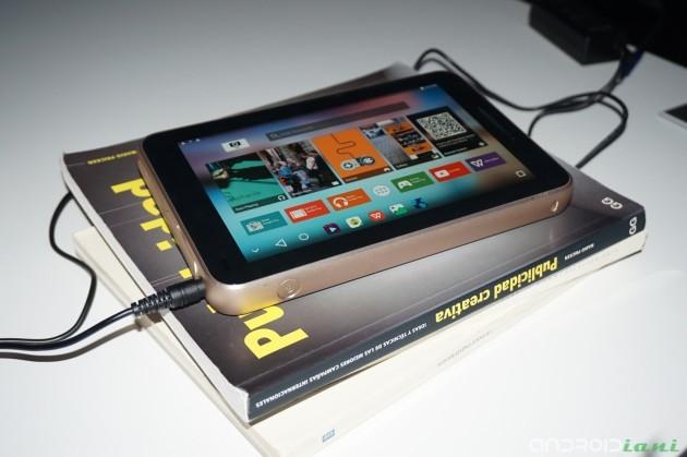 ZTE presenta il mini proiettore Spro Plus