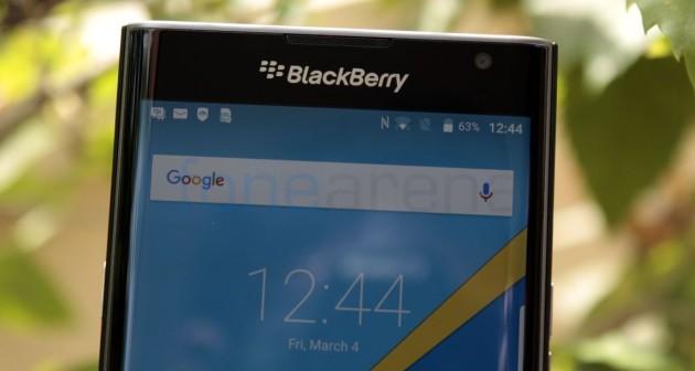 Blackberry: in arrivo due smartphone mid-range Android, lo conferma il CEO