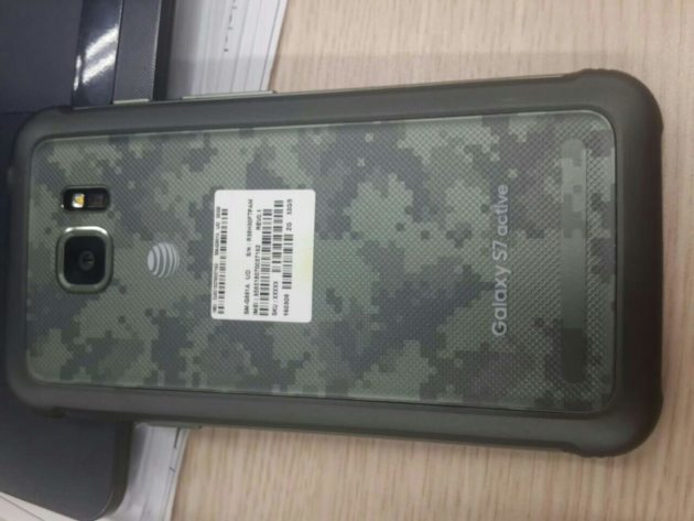 Samsung Galaxy S7 Active si mostra in alcune foto dal vivo