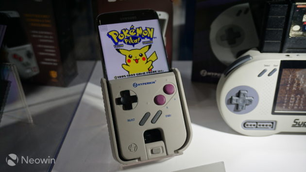 Smart Boy, la cover che trasforma lo smartphone in un Game Boy