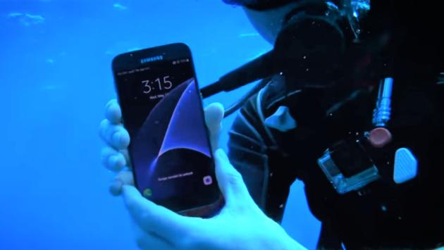 Smartphone top di gamma: chi vincerà la sfida subacquea?