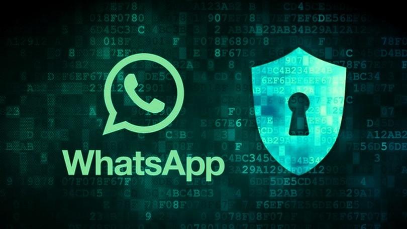WhatsApp: i messaggi cancellati restano in memoria
