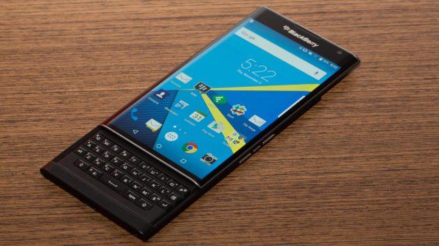 Blackberry Priv riceve l'aggiornamento sicurezza di Luglio 2016